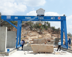Double girder Gantry Crane 10 ton - Anh Phuong Co., ltd